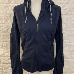 Lululemon studio dance jacket excellent condition